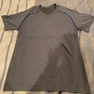 lululemon men's grey tee